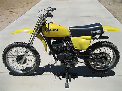 Suzuki : RM 1977 suzuki rm 250 starts quickly runs great vintage motocross race bike