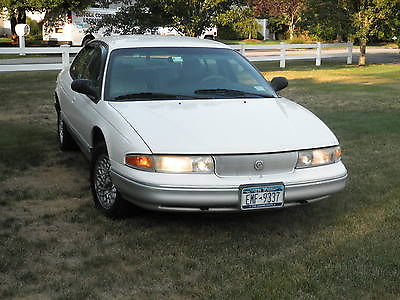 Chrysler : LHS Base Sedan 4-Door White 1996 Chrysler LHS Base Sedan 4-Door 3.5L