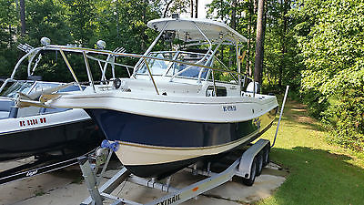 04 Aquasport 250 Explorer with twin Yamaha 4 strokes offshore fishing boat