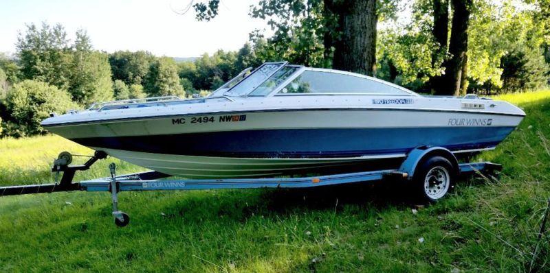 4 Winns Freedom 190 Boat