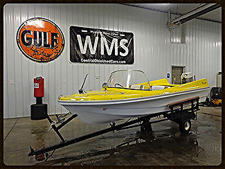 61 Yellow Razorback Runabout Boat Classic Antique Vintage Outboard Merc 60 WMS