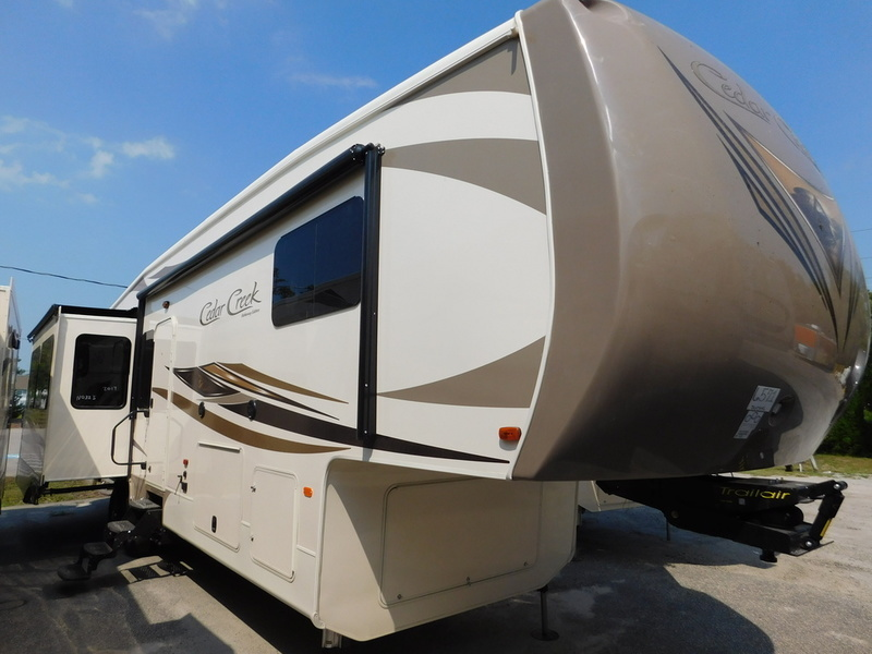 2017 Forest River Cedar Creek Hathaway 36CKTS
