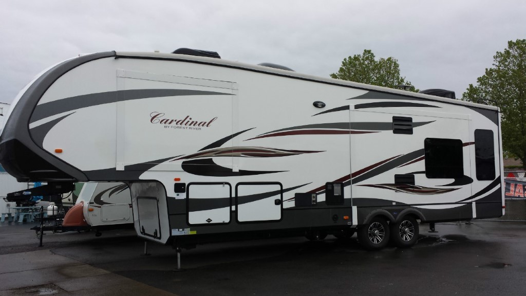 2015 Forest River Cardinal 3050RL
