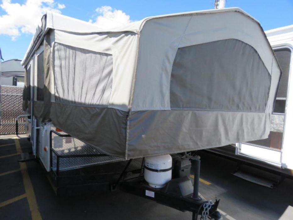 2014 Forest River Flagstaff MAC 228BH