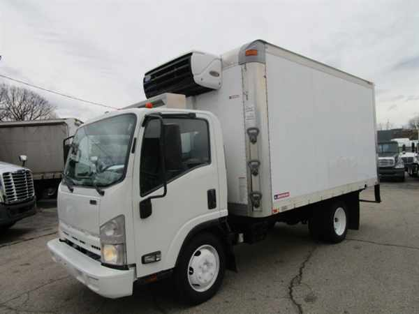 2009 Isuzu Nrr  Refrigerated Truck