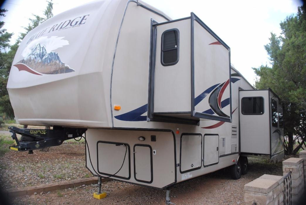 2011 Forest River Blue Ridge 3125RT