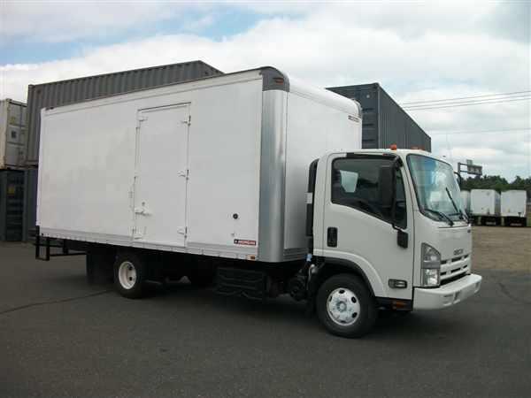 2013 Isuzu Npr Hd  Box Truck - Straight Truck