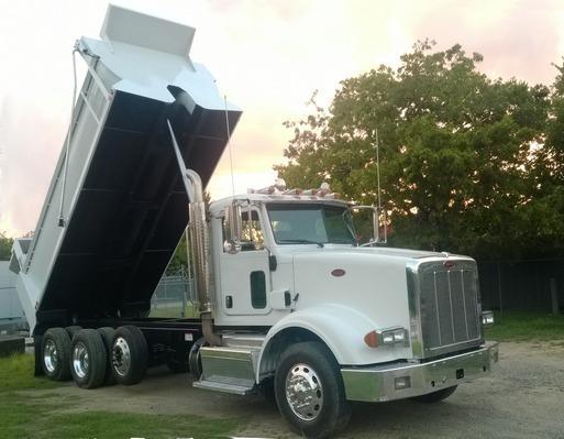 2012 Peterbilt 367  Dump Truck