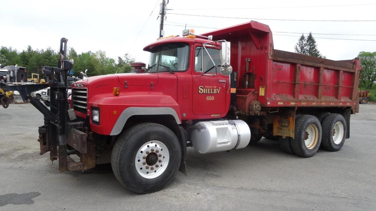 1996 Mack Rd690s  Plow Truck - Spreader Truck