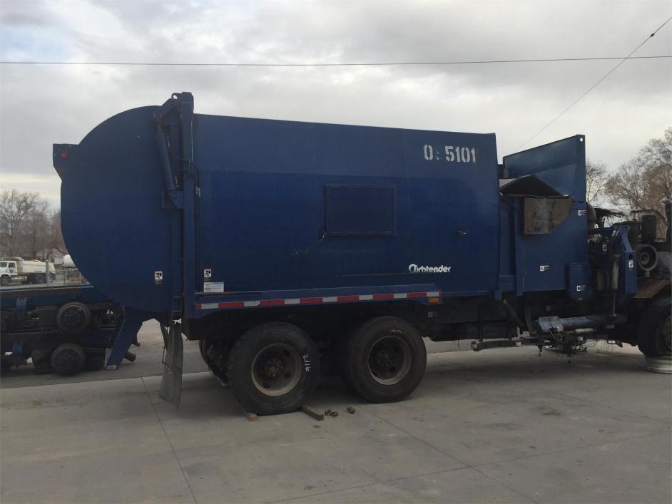 2009 Peterbilt 320 Garbage Truck
