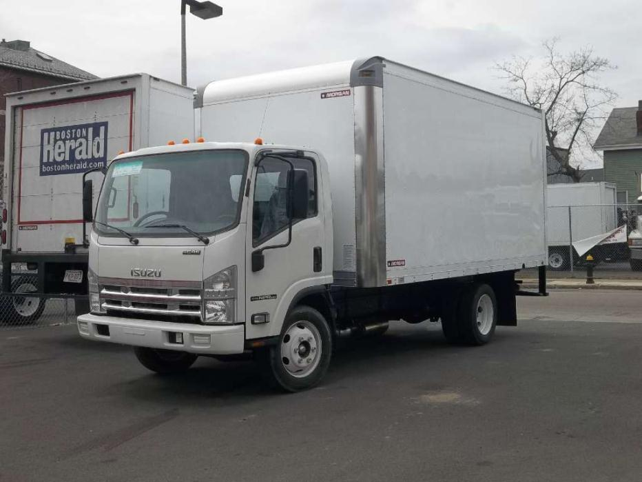 2015 Isuzu 16ft Dry Freight Box  Conventional - Day Cab