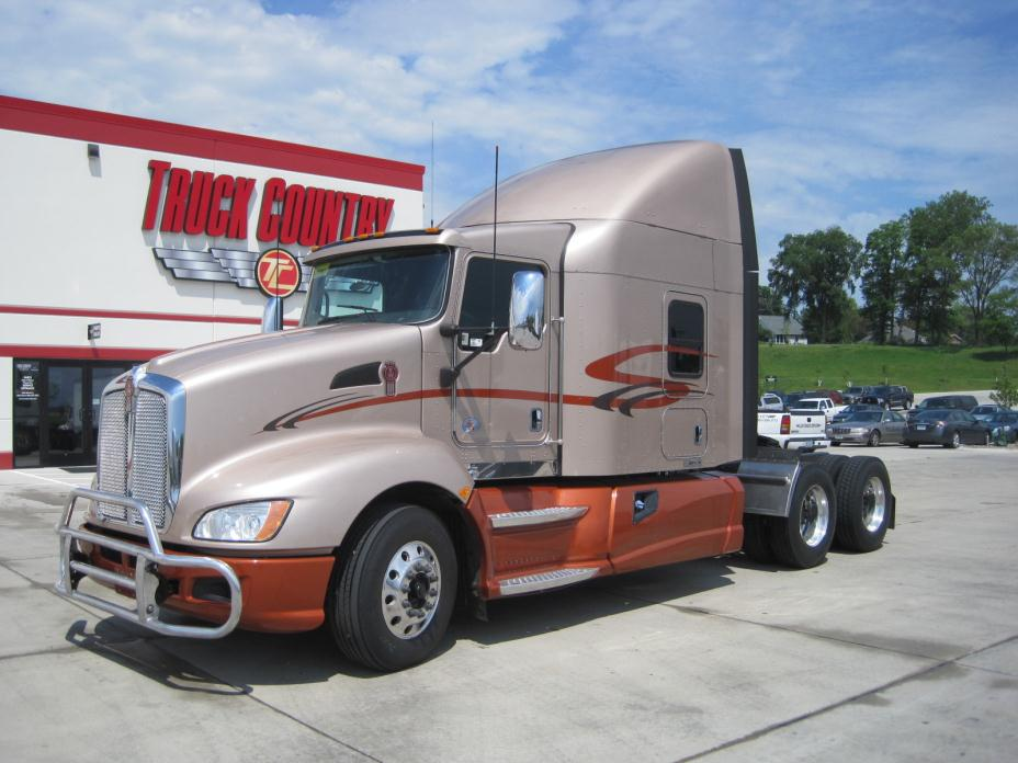 kenworth cars for sale in dubuque iowa. Black Bedroom Furniture Sets. Home Design Ideas