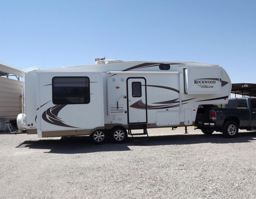 2011 Forest River Rockwood Signature Ultra 8265WS
