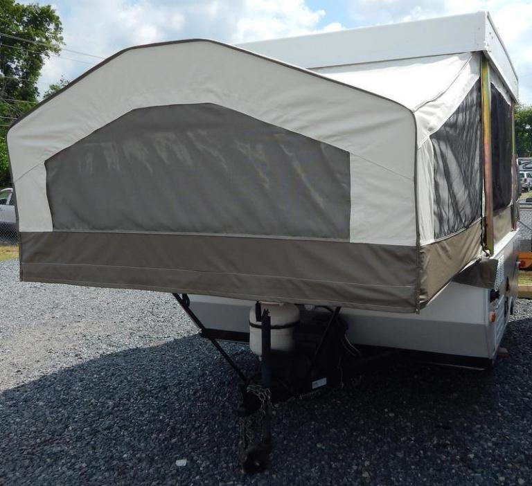 2012 Forest River Rockwood Freedom 1640LTD Two Pull Out Be