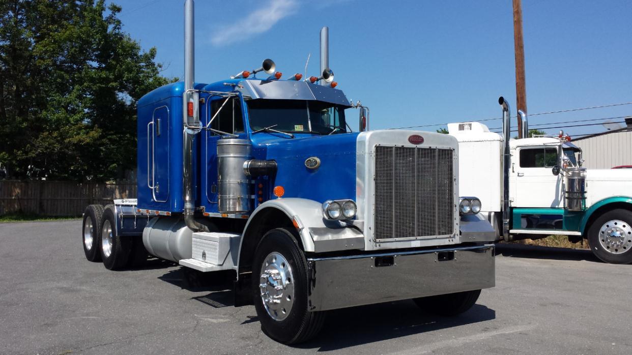 1984 peterbilt 359exhd conventional sleeper truck