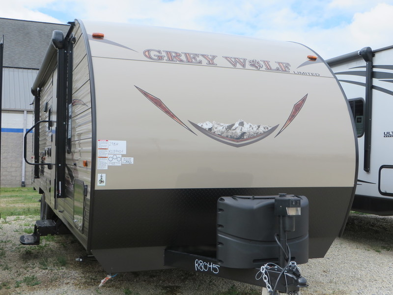 2017 Forest River Cherokee Grey Wolf 29BH