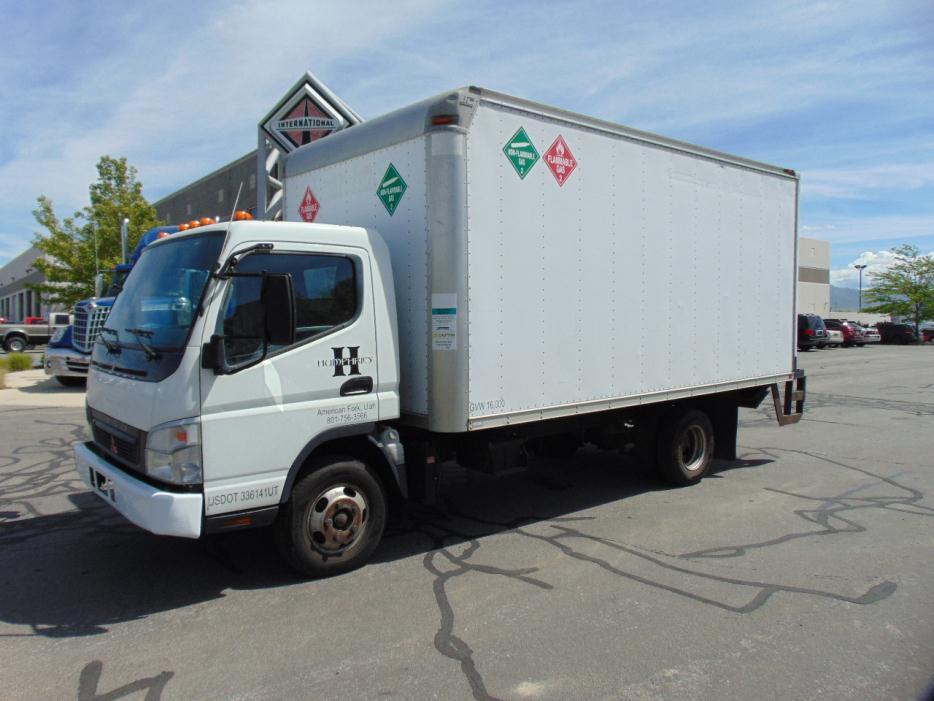 2007 Mitsubishi Fuso Fe84d Box Truck - Straight Truck
