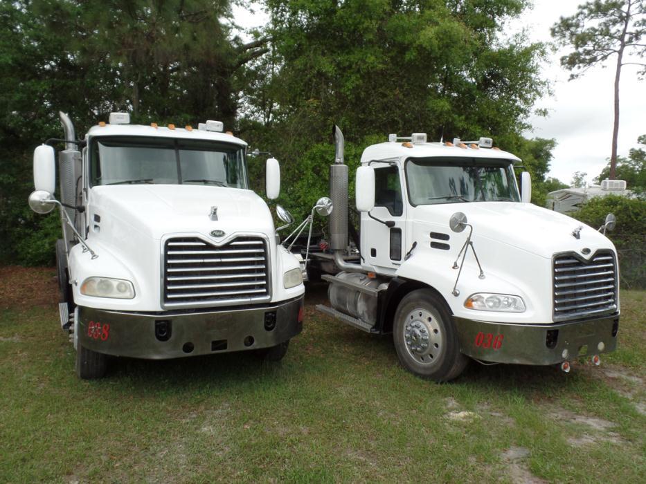 2006 Mack Cxn613 Tractor