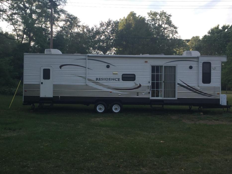 2013 Keystone Residence 405FL