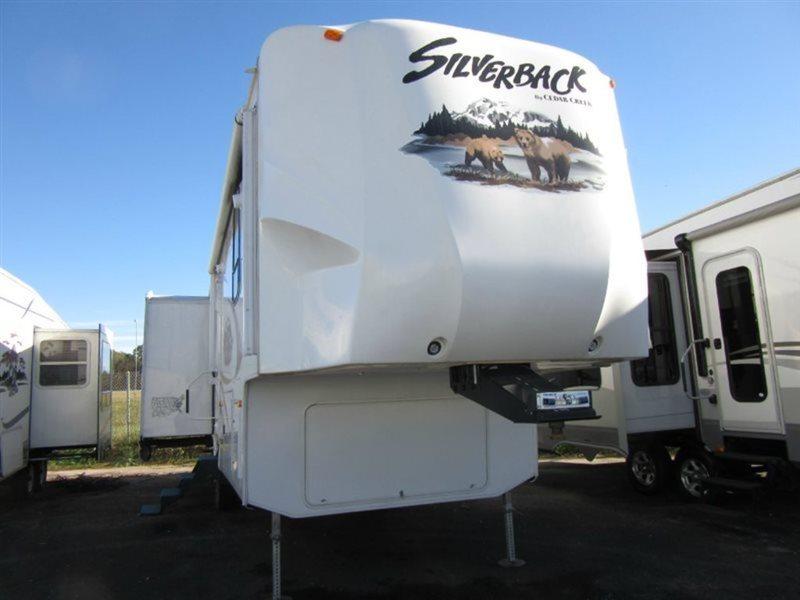2012 Cedar Creek Silverback 29RL
