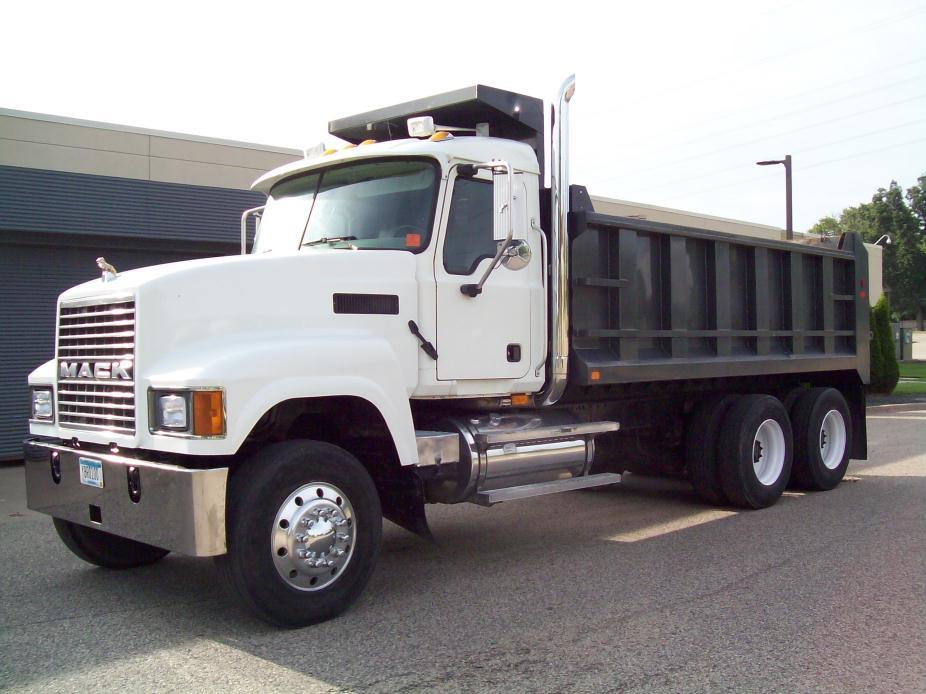 2005 Mack Chn613 Dump Truck