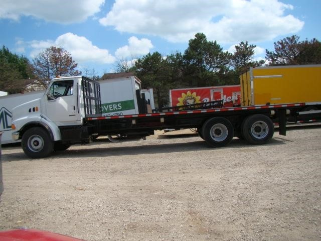 2000 Sterling Lt9500  Utility Truck - Service Truck
