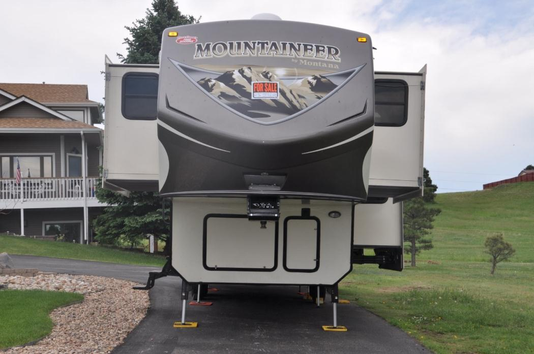 2015 Keystone Montana Mountaineer 375FL