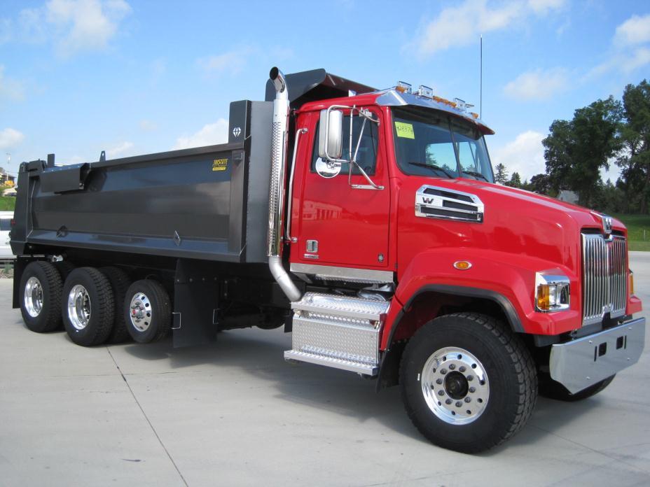 2017 Western Star 4700sf  Dump Truck