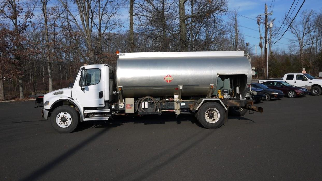 2007 Freightliner Business Class M2 106 Fuel Truck - Lube Truck