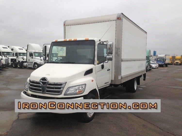 2010 Hino 185 Box Truck - Straight Truck