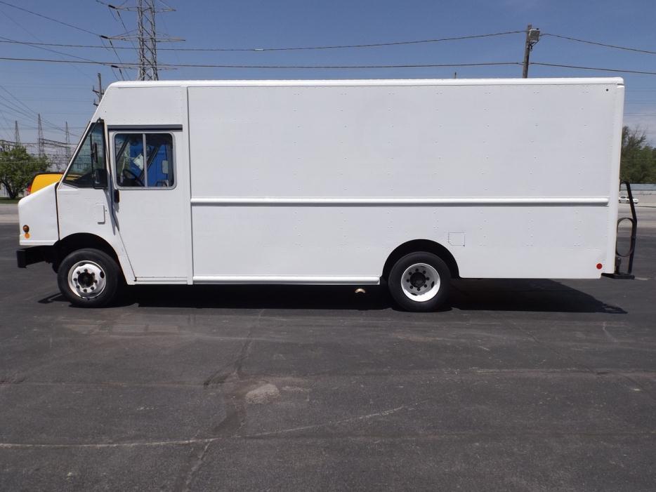 2010 Workhorse W62 Food Truck