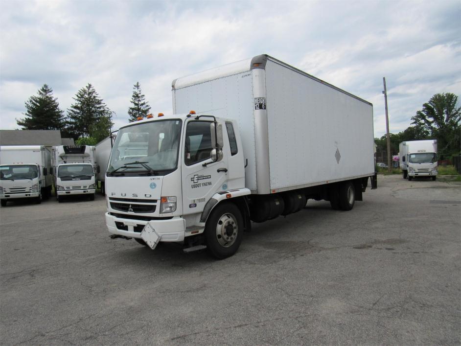 2010 Mitsubishi Fuso Fk260  Moving Van
