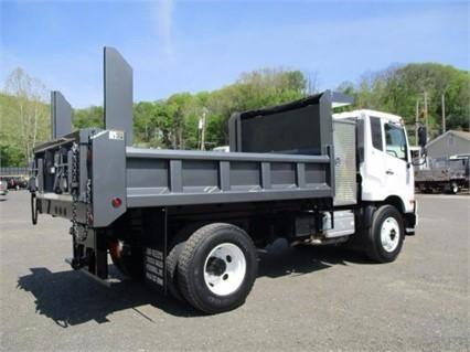 2011 Ud Trucks 3300  Dump Truck