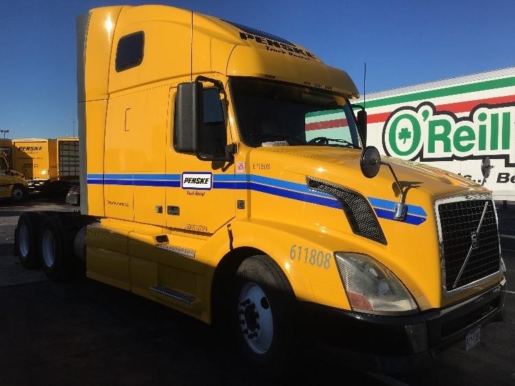 2012 Volvo Vnl64t670 Conventional - Sleeper Truck
