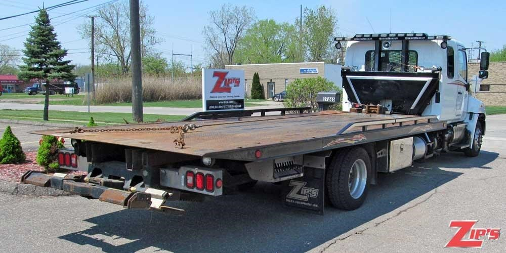 2011 Hino 258  Rollback Tow Truck