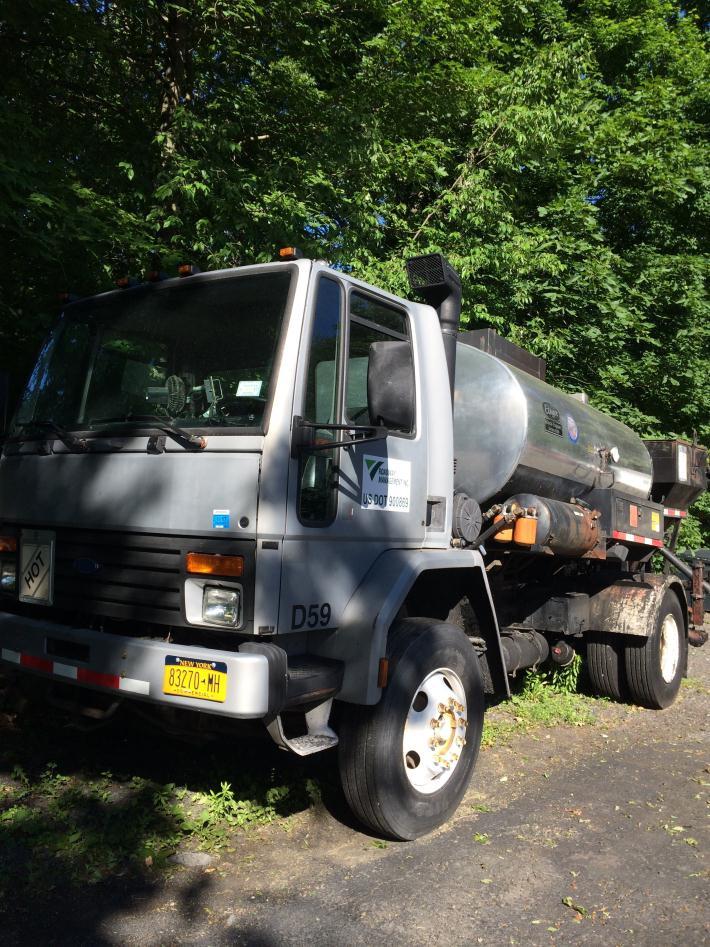 1997 Etnyre Tanker Cabover Truck - COE