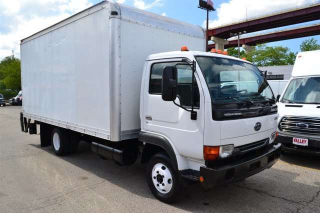 2012 Nissan Ud2300