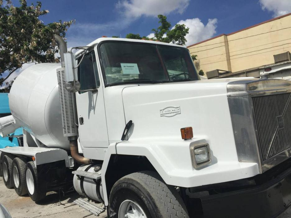 2000 Autocar Concrete Pump Truck Mixer Truck