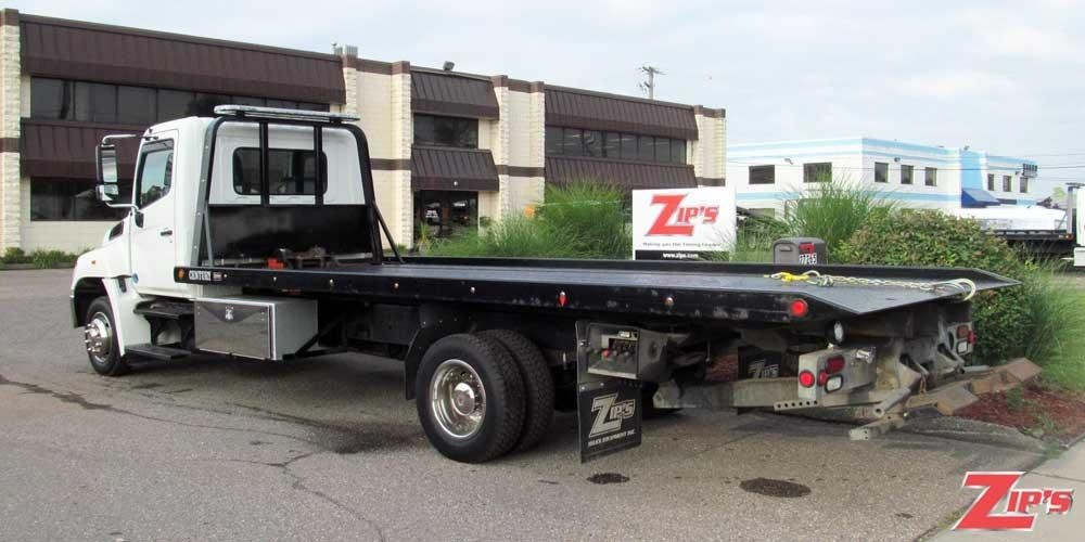 2012 Hino 258 Flatbed Truck