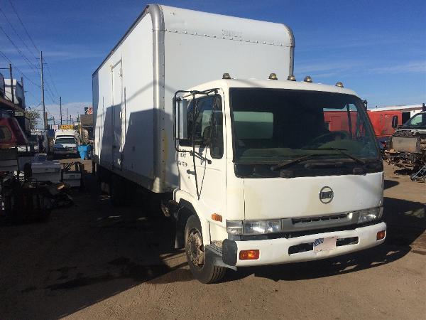 1995 U D Ud 2300 Box Truck  Box Truck - Straight Truck