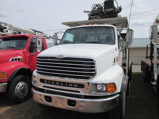 2004 Sterling Lt9513  Crane Truck