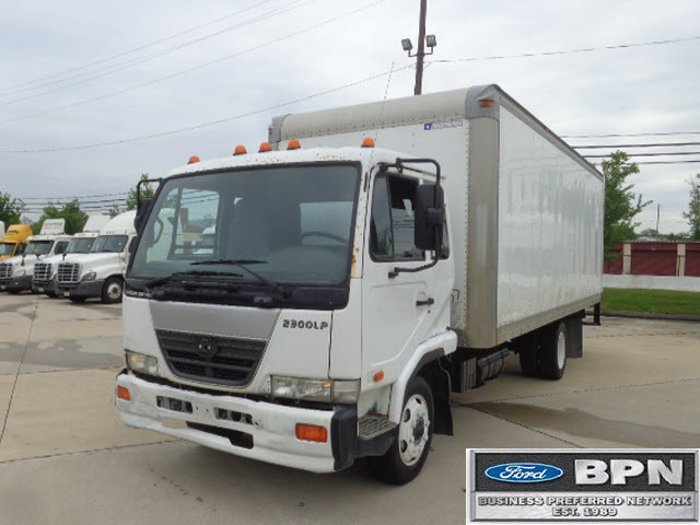 2007 Nissan 2300 Cab Chassis