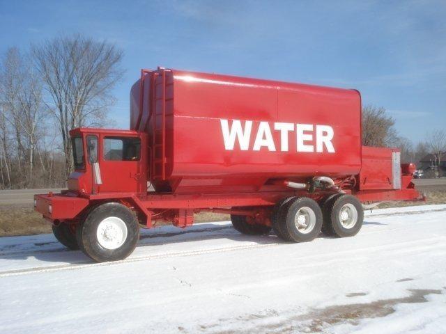 1986 Oshkosh S2544  Water Truck