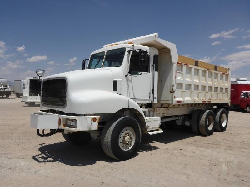 2001 Oshkosh M911 Dump Truck