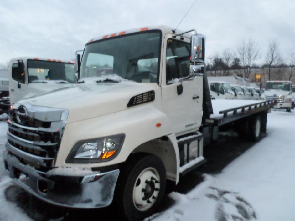 2015 Hino 258lp  Rollback Tow Truck