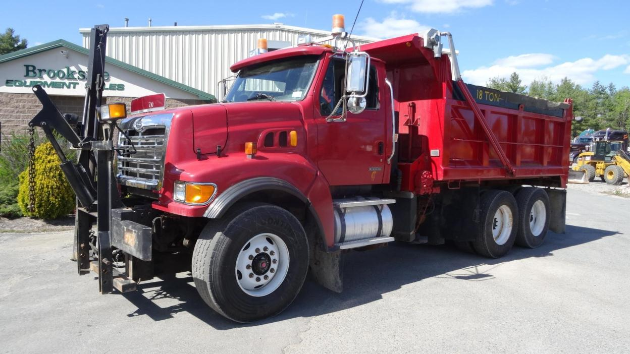 2004 Sterling Lt9500  Plow Truck - Spreader Truck