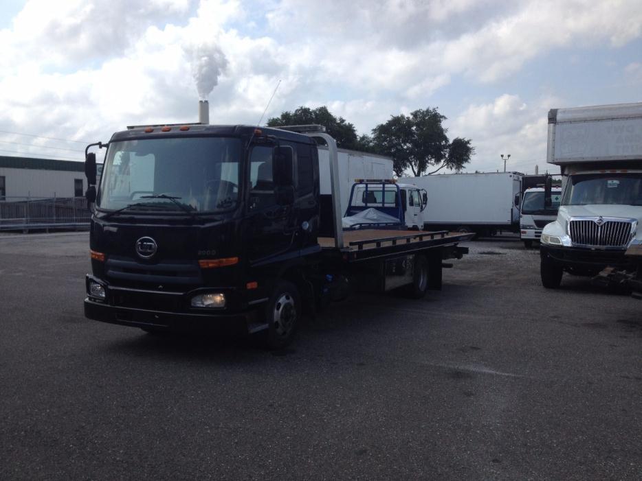 2012 Ud Trucks 2000  Rollback Tow Truck
