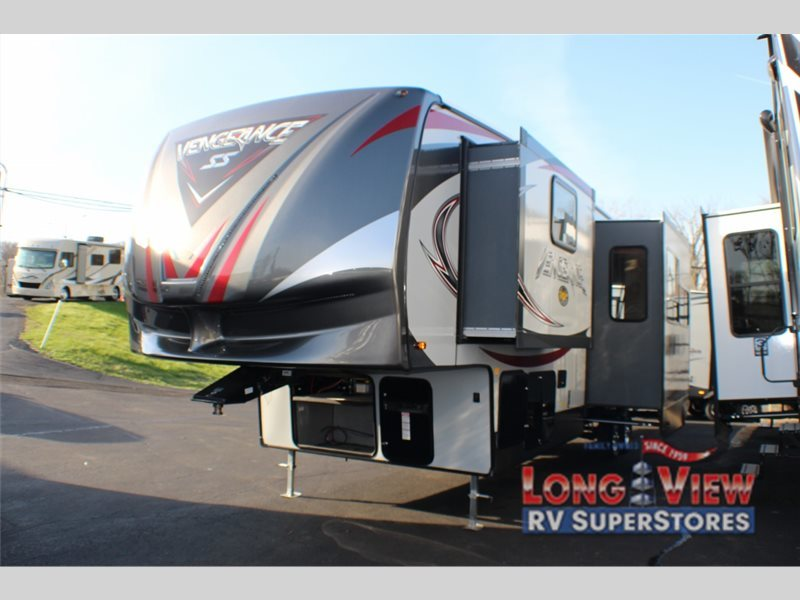 2017 Forest River Rv Vengeance 320 a
