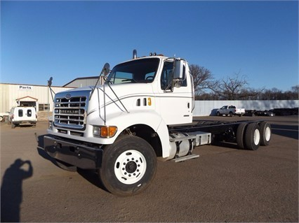 2005 Sterling Lt9500  Cab Chassis