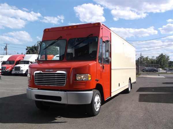 2009 Fcc Mt55 Chassis Box Truck - Straight Truck
